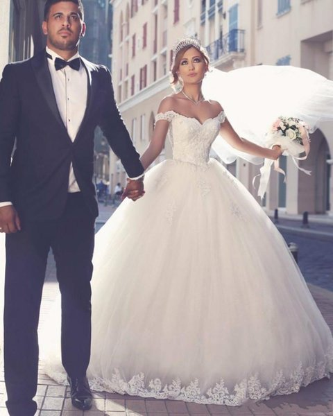 Plus Size Vintage Arab Wedding Dresses Whit Puffy Ball Gown Vestidos De Boda Floor Length Lace Tulle Off The Shoulder Wedding Dresses