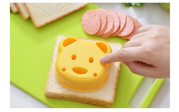 DIY Cartoon Bear Design Sandwich Cutter Bread Biscuits Embossed Device Breakfast Toast Maker Sandwich Mould W9624
