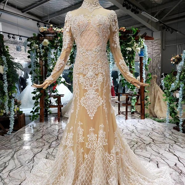2019 Latest Bohemian Evening Dresses Short Sleeve Illusion Sweetheart Neck Sequins Backless Lace Up Back Applique Pattern Sexy Prom Gowns