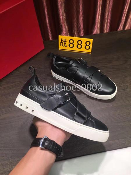 2019 Diseñador de lujo Hombres Mujeres Los zapatos casuales de moda de alta calidad Plataforma Zapatillas deportivas de cuero Colores sólidos Zapatos de vestir