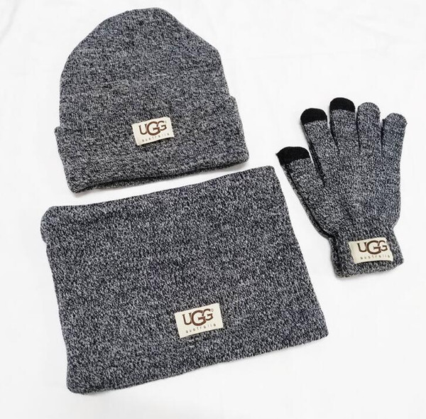 High Quality Men Women Classic Designers Hat Scarf European High-end Brand Hats Scarves Gloves Sets Knitted Cap muffler Accessories V05