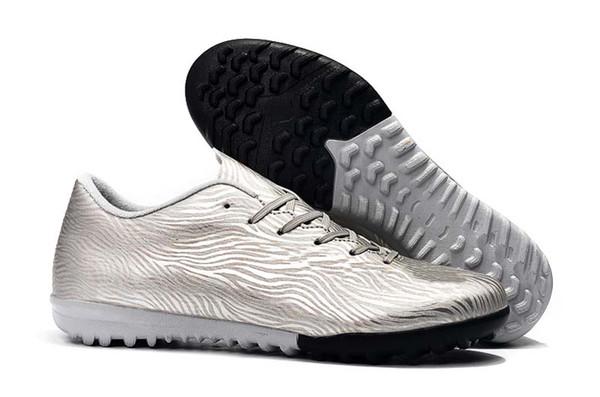 16. Gümüş Siyah TF