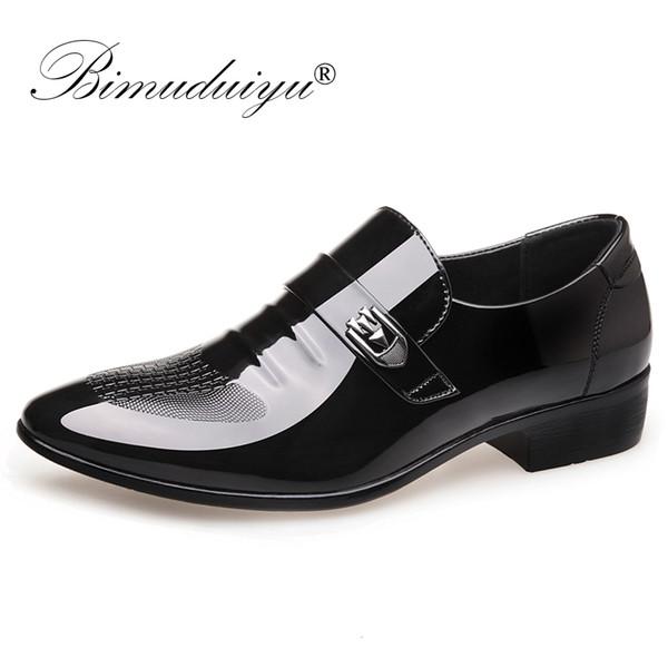 BIMUDUIYU Homens de casamento formal Sapatos Homens de Negócios vestido de couro italiano Shoes Loafers Sapato de bico fino Oxford Para