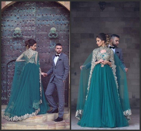 2019 New Vintage Green Arabic Evening Dresses With High Neck Appliqued Floor Length Jacket Cape Tulle Formal Evening Gowns Long Prom Dresses
