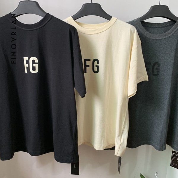 2019 Kanye West Men Hip Hop T Shirt Printed T-shirt Streetwear Letter Tshirt Summer Cotton Casual Tops Cpuple Oversized T-shirt Y19072201