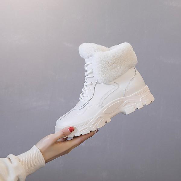 2018 Nuovo autunno inverno in pelle peluche fondo spesso Ladies Sneakers moda Keep warm Wild High aiuto Donne Lace-up scarpe casual