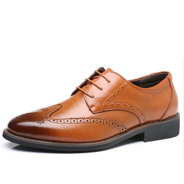 Lüks Tasarımcı Örgün Erkekler Elbise Ayakkabı Hakiki Deri Klasik Brogue Ayakkabı Flats Ofis Ofis Için Oxfords