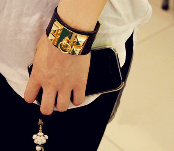 Fashion Jewelry Leather Four Nail Studded Leather Bracelet Exaggerated Punk Style Wide Face Bracelet love bangle for women men gift