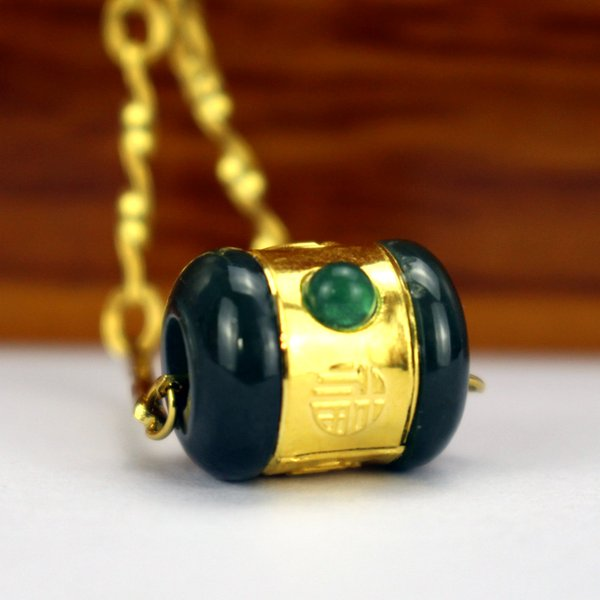 Vogue Tasarım Hetian Jade Erkekler Kadınlar kolye kolye 24k altın Şanslı Tüp Silindir Siyah Yeşil Kolye Güzel Takı Ücretsiz Kargo