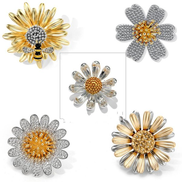 Flower Cystal Brooch Pin Simple Daisy Brooch Chest Cardigan 18K Gold Plated Rhinestone Brooches for Woman Gifts