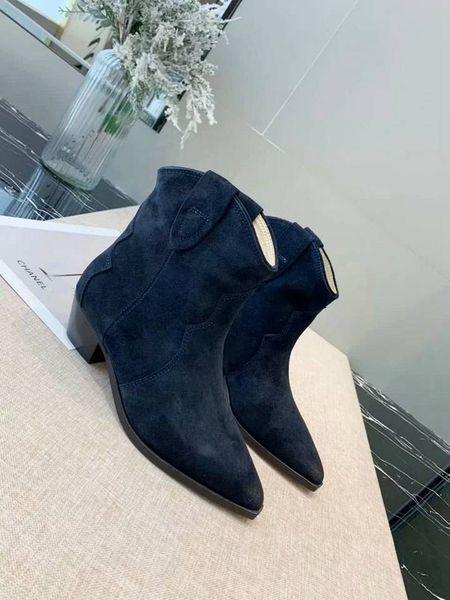 Les nouvelles meilleures chaussures de marque visage en cuir mat de qualité supérieure rétro classiques bottes courtes bas avec les dames occasionnels ont fait partie des bottes de mode de marche