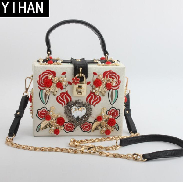 Factorys own brand handbags delicate lace embroidered handbag elegant leather hard box small square personalized diamond women evening bag