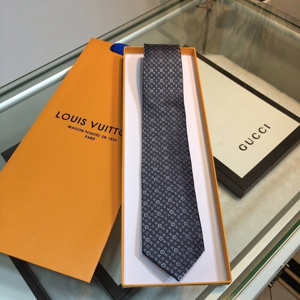 Mens Classical Jacquard Weave Neck Ties Comfortable L Letter Neckties Gray Business Tie Christmas Gifts High Quality