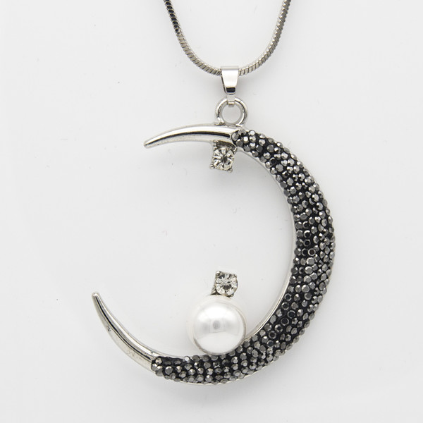 Black Rhinestone Alloy Clay Pearl Crescent Moon Pendant Necklace Silver & Gold Color Couture Jewelry Valentine Gifts for Women Wholesale