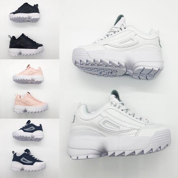 significato di scarpe da ginnastica in inglese