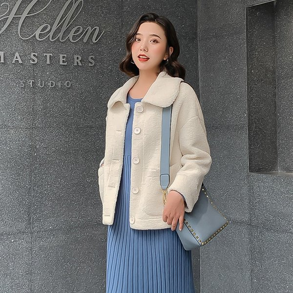new faux lamb wool coat 2019 autumn winter female short loose coats blends women luxury lapel female plush jackets high quality