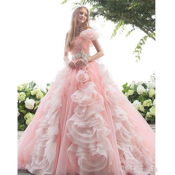 Incrível Blush Rosa Feito À Mão Flores Quinceanera Vestidos Princesa 2019 Um Ombro Cristal Caixilhos Plissado Espartilho Voltar Doce 16 Robes Vestido