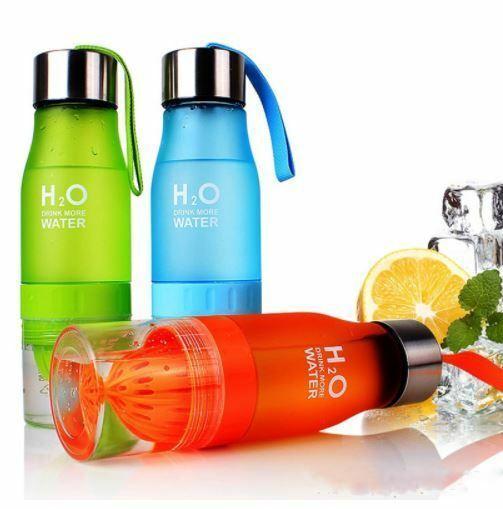 Creative Fruit Juice Infuser Water Bottle 650ml H2O Plastic Portable Lemon Juice Bottle Outdoor Shaker Sport bottle MMA1473 100pcs