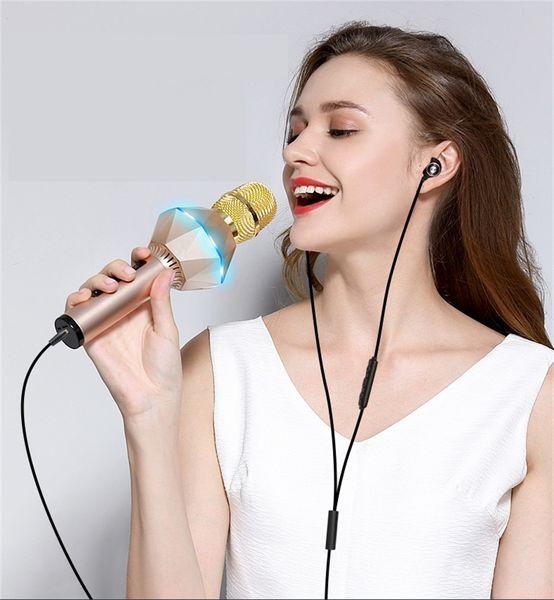 Wireless Microphone Bluetooth Speaker Handheld Microphone KTV Portable Karaoke Microphone Loudspeaker for iPhone7 Android Phone Computer TV