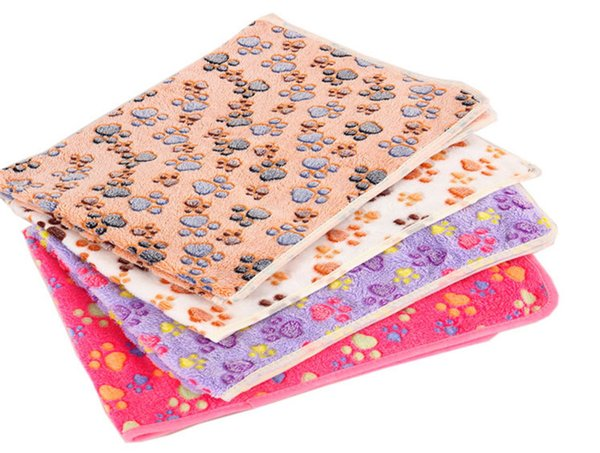 Pet supplies blankets manufacturers stock kennel mats wholesale dog blankets autumn and winter warm blanket coral fleece