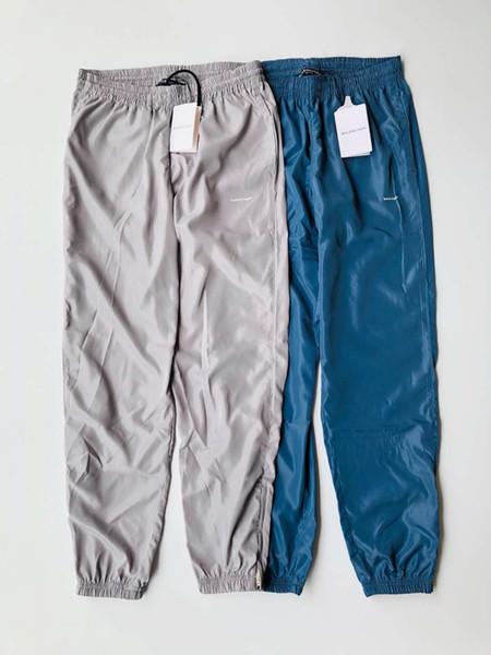 Pantalons de sport pour hommes. Classiques shorts de sport rétro. Pantalons modèles d'été. Pantalon de plage surdimensionné en coton.