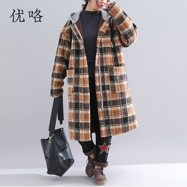 Women Faux Fur Plaid Coat Plus Size Long Sleeve Vintage Thicken Lambswool Winter Long Hoodie Jacket Teddy Bear Coat 4XL 5XL 2018