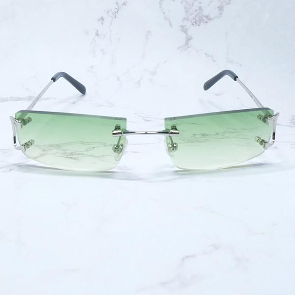 Piccolo argento verde.