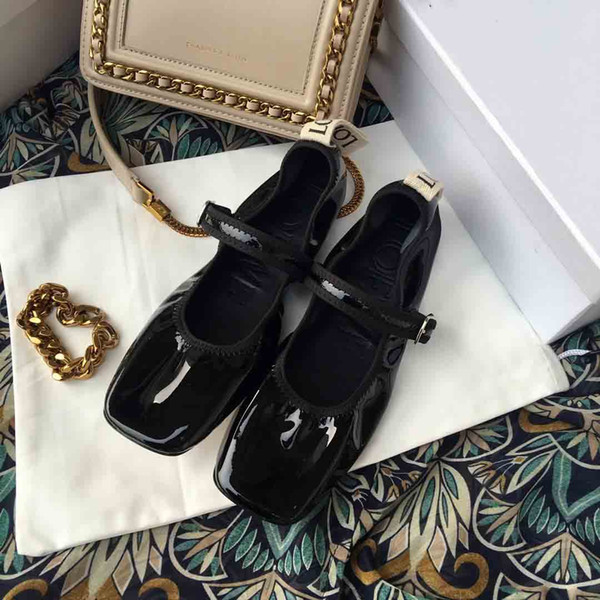 2019LOE....WE early spring, patent leather Mary Jane shoes, flat bag shoes design, individual square head, fashion wild, counter quality