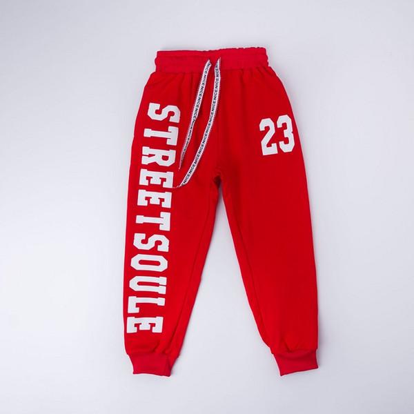 calças vermelhas