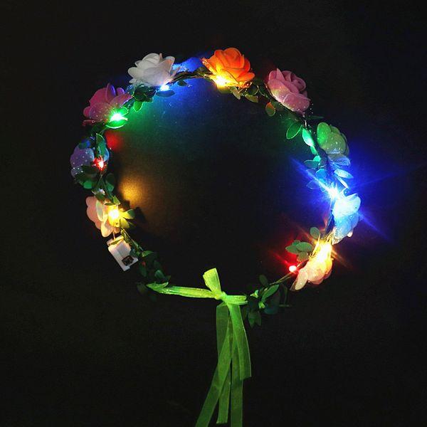 Clignotant cheveux Braid mariage Couronne Parti fleur bandeau LED Light Up rougeoyants de Noël de femmes Couronne de flash Guirlandes