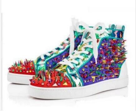 Les nouvelles chaussures occasionnels coutures hommes baskets haut-dessus des hommes et des femmes, partie rivet de mariage chaussures plates