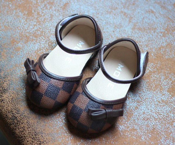 Bahar 2018 Yeni Kids'Shoes Bebek Yumuşak soled çocuk Tek Ayakkabı PU Deri Ayakkabı Kelebek Düğüm Kızların ayakkabı Toptan