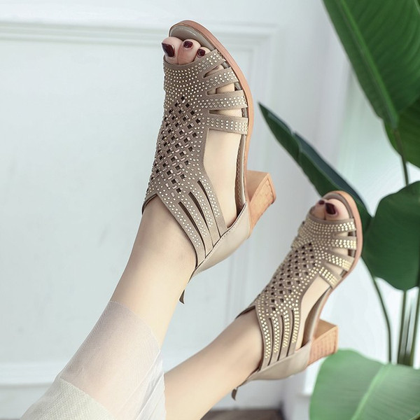 Sandals Womens Roughheeled Shoes Summer 2018 New Korean Edition Drilled Highheeled Shoes Baitao Womens Mediumheeled Fishmouth Sandals