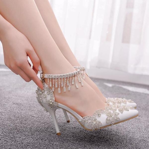 Mode de luxe de femmes Chaussures de mariage Hauts talons perlées Strass Sandales talon aiguille mariée soirée plage de chaussures de mariage