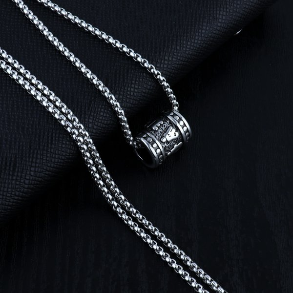 Pendentif + chaîne de perles