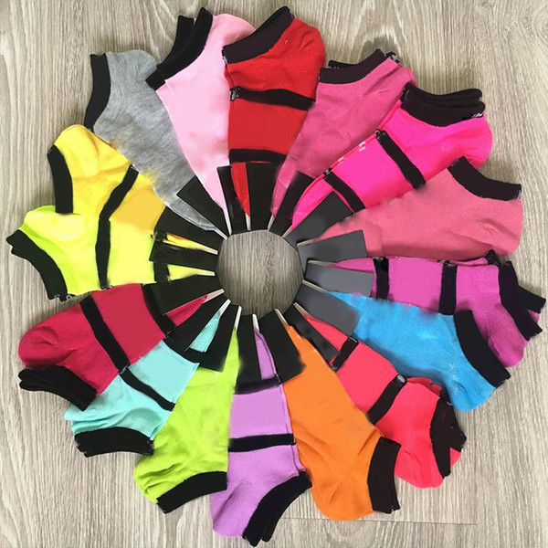 top popular New Fashion Black Socks Adult Cotton Short Ankle Socks Sports Basketball Soccer Teenagers Cheerleader New Sytle Girls Women Sock with Tags 2021