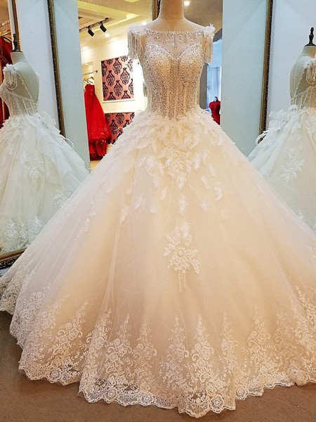 Ivory Wedding Dress Like White Ball Gown Big O-Neck Lace Up Back Beading Crystals Top Wedding Gown 2019 Newwst Best Seller Bridal Gown