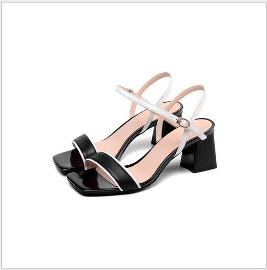 New Ladies, European and American Noble Temperament, Fashion, Simple, Square-headed, Rough-heeled and Coloured Ladies'Sandals
