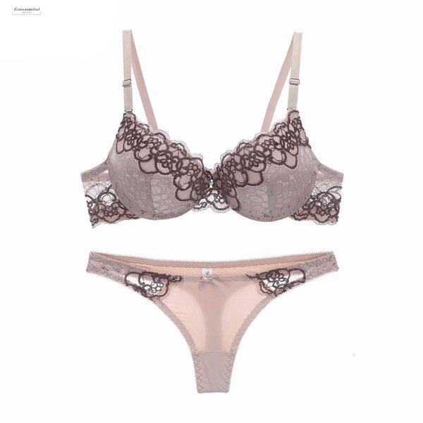 High End New Arrival Lace Bra Set Push Up Thin Set Women Underwear Thick Cup Hollow Lace Intimates Bras Lingerie