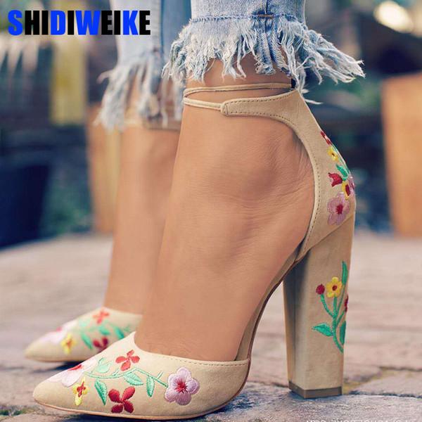 2019 Primavera Donna Tacchi alti Plus Size Ricamo Pompe Fiore cinturino alla caviglia Scarpe donna due pezzi Sexy Party Wedding punta a punta