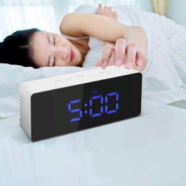Цифровой светодиодный Desktop Clock USB батарейным Дисплей Зеркало Часы с Snooze Функция Регулируемый LED Luminance SH190924