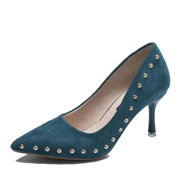 Zapatos de vestir Tamaño 34-39 2019 Bombas Remache Nueva Primavera Mujer  Negro Azul Rojo 4da26cc726a7