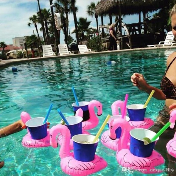 2018 Inflatable Flamingo Drinks Cup Holder Pool Floats Bar Coasters Floatation Devices Children Bath Toy small size Hot Sale