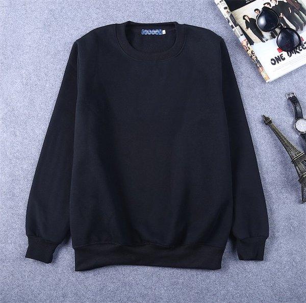 검은 색 스웨터