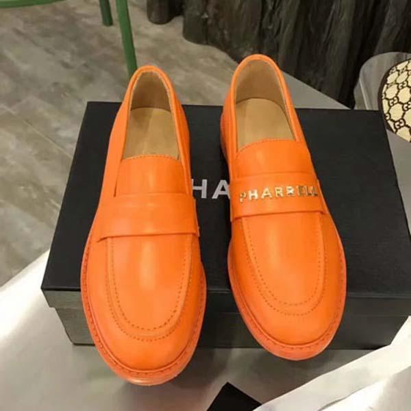 2019 Le nuove nuove donne estive Baotou Scarpe firmate Sandali piatti alla caviglia Moda tacco nudo Taglia: 35-40 Con scatola r3