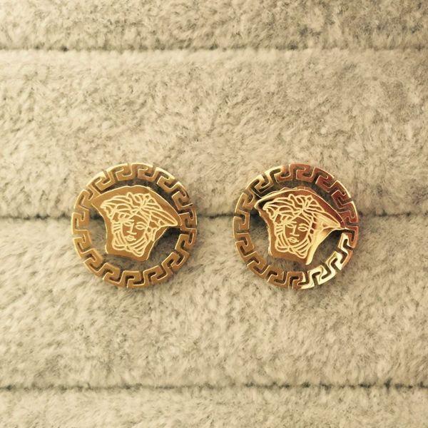 2020 gioielli Fashion Design Orecchini in acciaio inossidabile classico Amore orecchini per le donne paio anelli regalo all'ingrosso dei monili