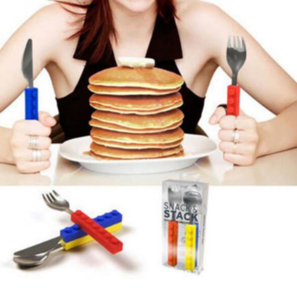 Utensili da tavola in acciaio inox 3 pezzi / set Coltello forchetta anti-scivolo con manico in silicone Maniglia per bambini Utensili da cucina all'aperto 2 Set ePacket