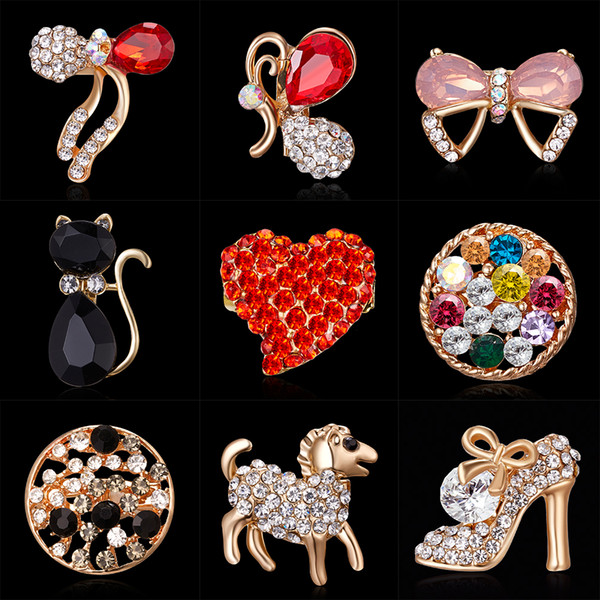 85b02df0736 Winter New Lady Fashion Brooch Sparkling Crystal Rhinestones Large  Snowflake Brooch Pins Jewelry Brooches Women Christmas