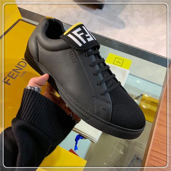 Sapatilha Dos Homens Rhyton com Boca Lip Impressão NY Yankees Luxo Vintage Trainer Homens Designer de Sapatos de Escalada de Montanha Oversize Sneaker 604