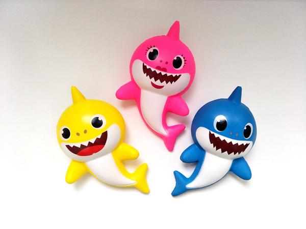 3 Renk Squishy PU Bebek köpekbalığı Yavaş ribaund oyuncaklar Yeni squishy Simülasyon Komik Gadget Vent Dekompresyon oyuncak